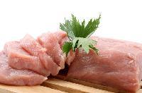 5 thực phẩm gây nguy hiểm nếu ăn sống