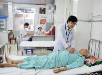 Giúp người già khỏe mạnh ngày nóng