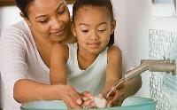11 việc cha mẹ cần làm để bảo vệ con khi chưa tiêm phòng sởi